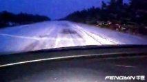 不要一脚跺死 冰面刹车需注意驾驶方式